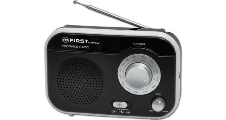 retro-radio-am-fm-tragbar-1watt-nostalgie-kuechenradio.jpg